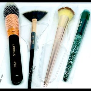 NWOT Lot of 4 Make-up Brushes, Never Used